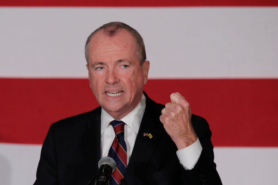 Murphy Dodges Questions on Bill to Boost Pensions for Politicians