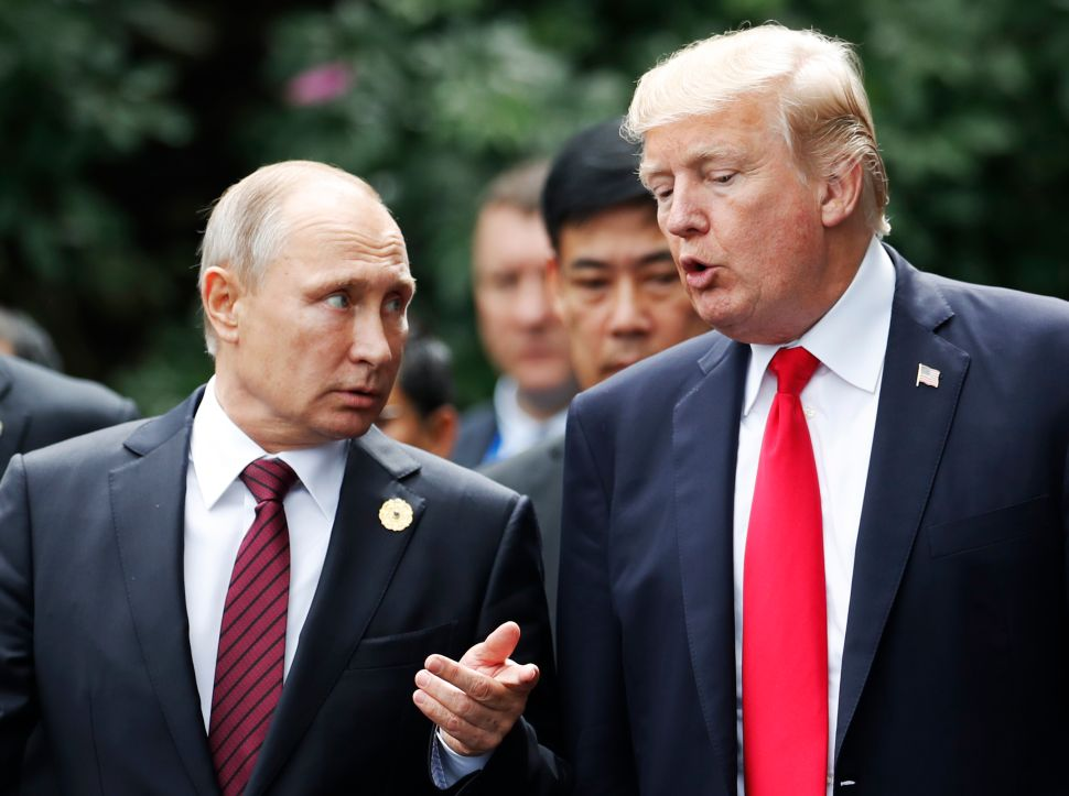 Chess Master Says Trump Lacks 'Strategical Calculations' With Putin