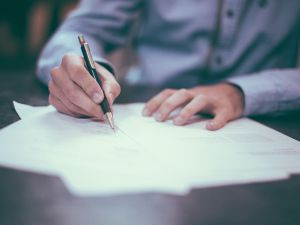Check this list before you sign on the dotted line.