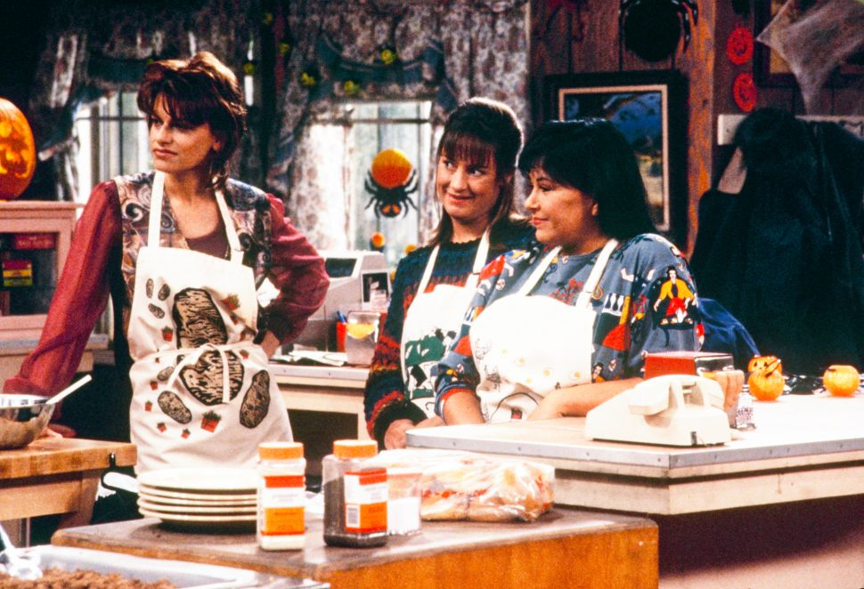 Everything You Need to Know About the 'Roseanne' Revival