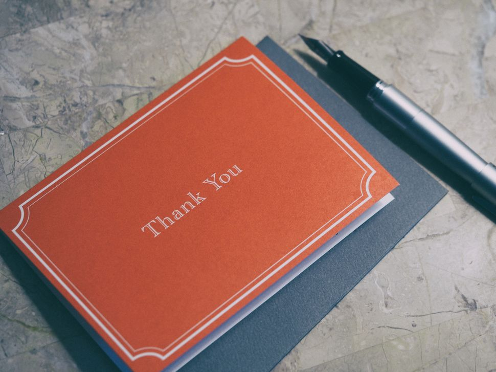 How to Send a Thoughtful Thank You Card for the Holidays