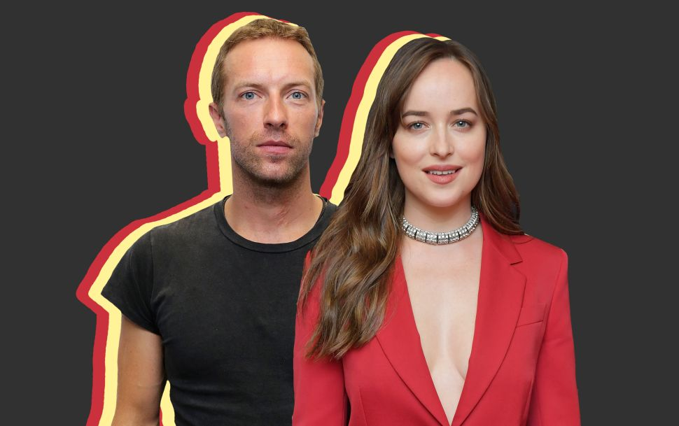 Coldplay's Chris Martin Is Dating 'Fifty Shades' Star Dakota Johnson