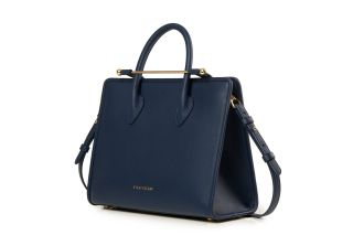 15 Fancy Handbags To Mom For The