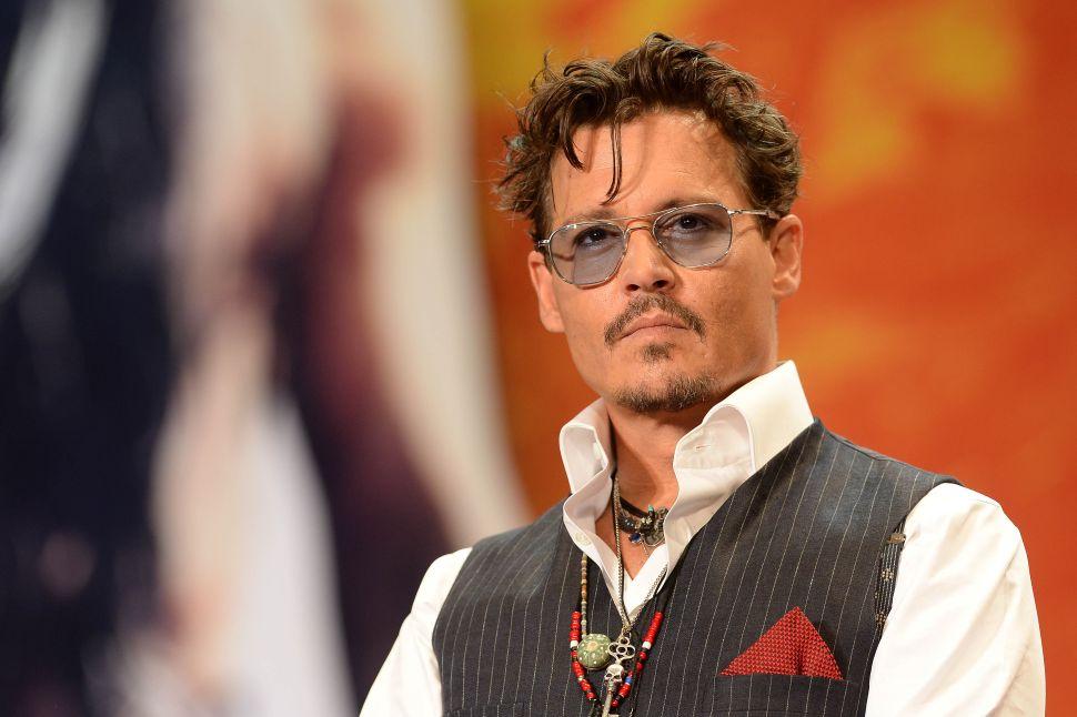 J.K. Rowling Defends Johnny Depp Casting in 'Fantastic Beasts' Franchise
