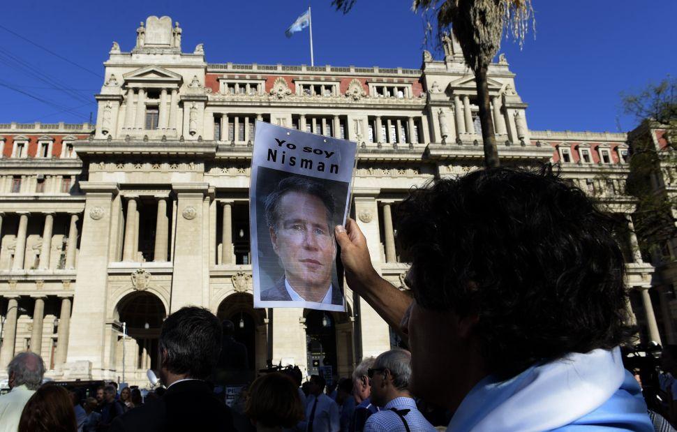 Argentine Judge Rules Alberto Nisman's Death a Murder, Not Suicide
