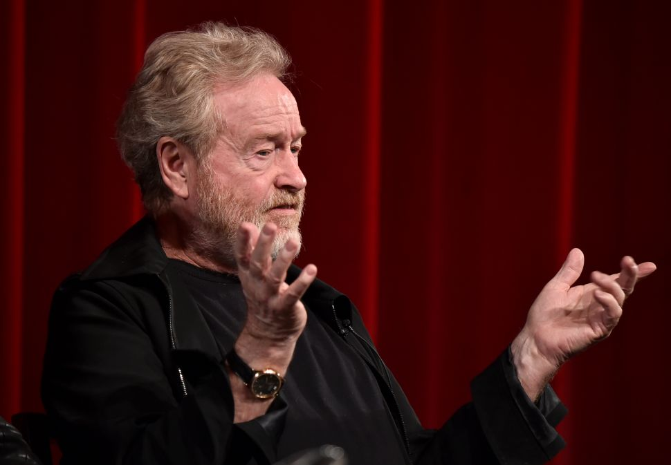 Ridley Scott Rips Lucasfilm's Approach to 'Star Wars'