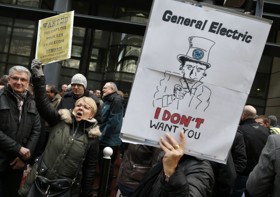 GE Cuts 12,000 Jobs While US Unemployment Is at 17-Year Low