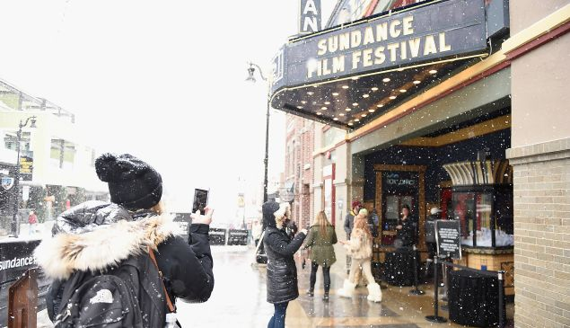 Click through to see what to pack for your Sundance adventure.