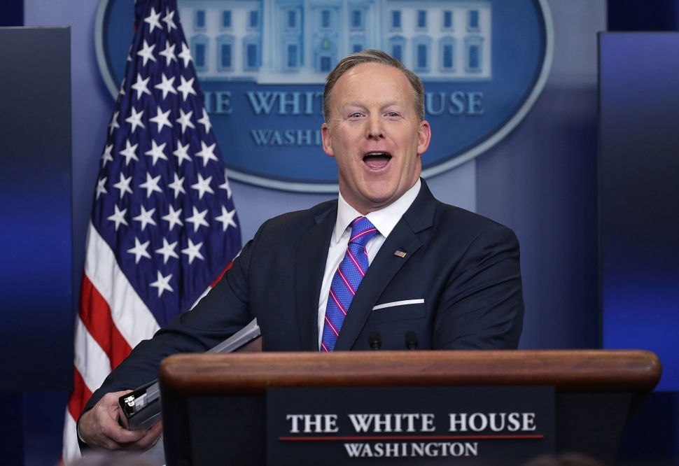 Sean Spicer Is Writing a Book 'to Set the Record Straight'