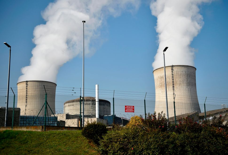 Lame Duck Nuclear Subsidy Bill Clears Senate, Assembly Committees