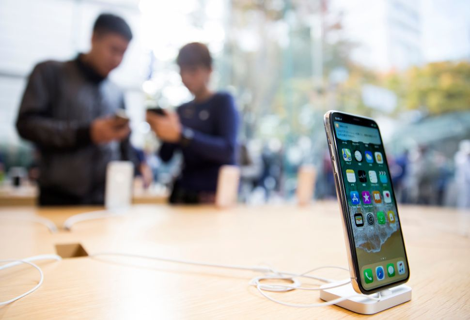 The iPhone X's $1,000 Price Tag Is Actually a Good Thing
