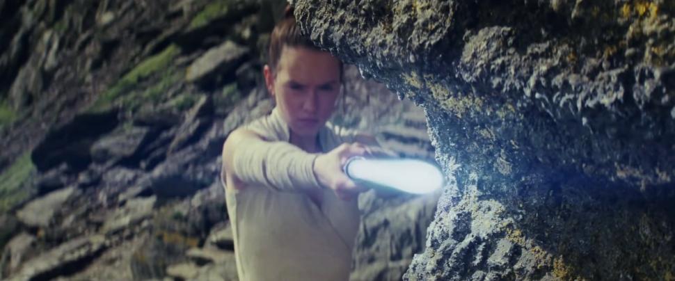 How Much Money Will 'Star Wars: The Last Jedi' Make Worldwide This Weekend?