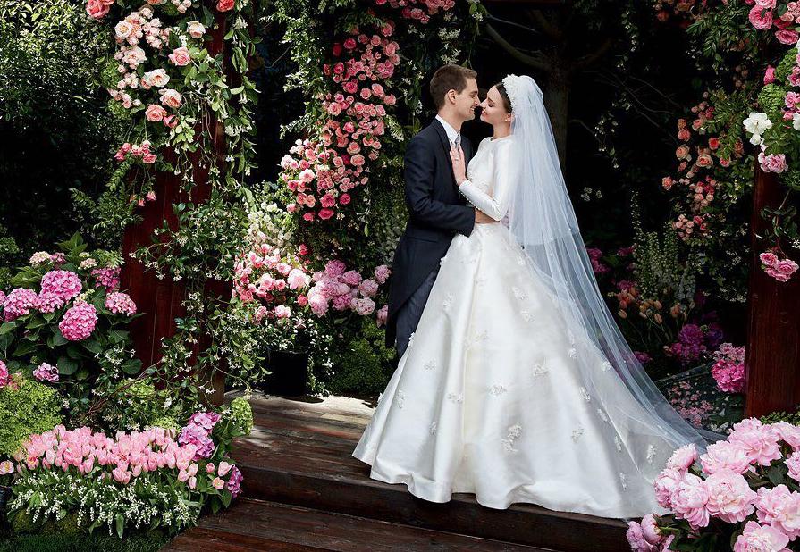 The 10 Best Celebrity Wedding Looks of 2017
