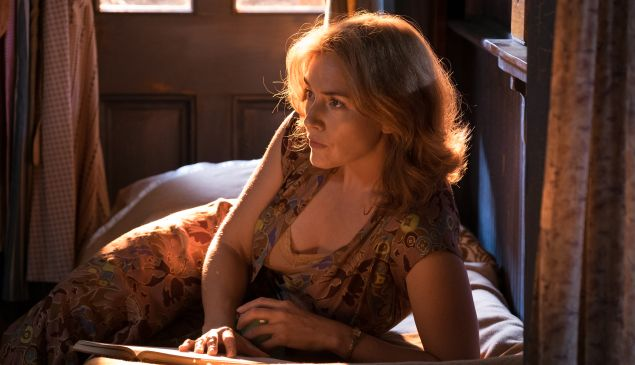 Kate Winslet in Wonder Wheel.