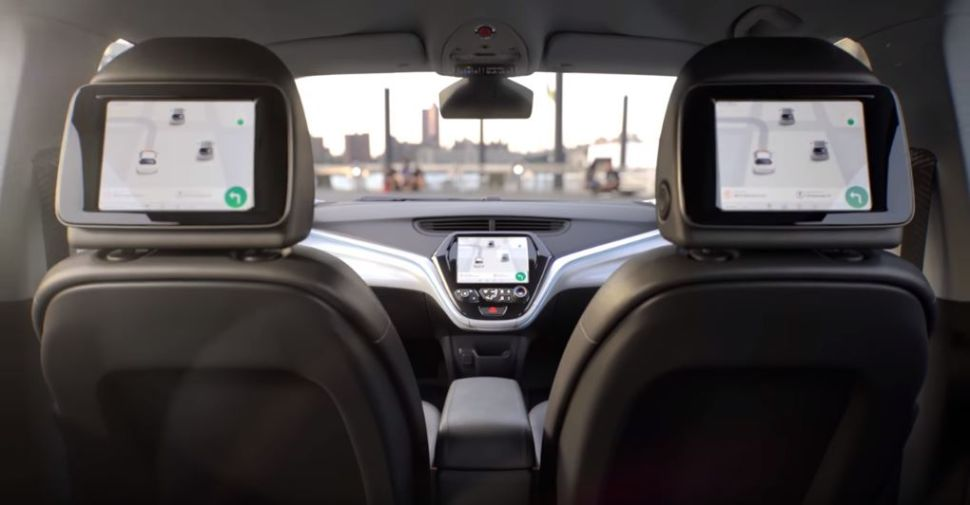 GM Unveils Self-Driving Car Without Steering Wheel or Pedals Ahead of Major Auto Show