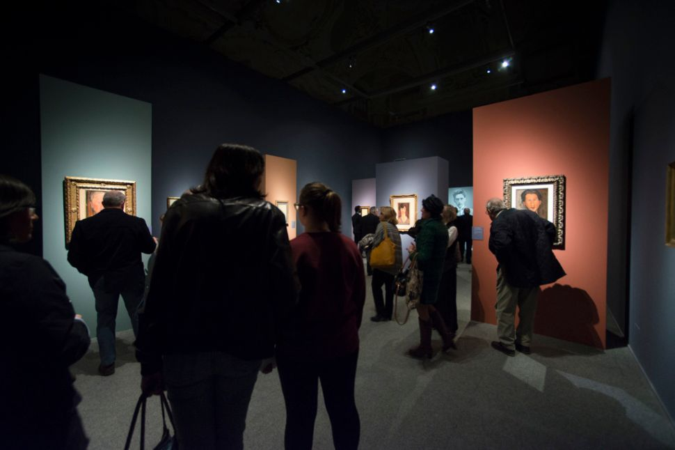 How Did the Modigliani Forgeries Make It Into an Exhibition?