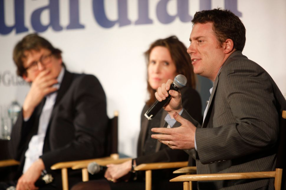 BuzzFeed Editor-in-Chief Backs Rupert Murdoch on Facebook Paying Publishers