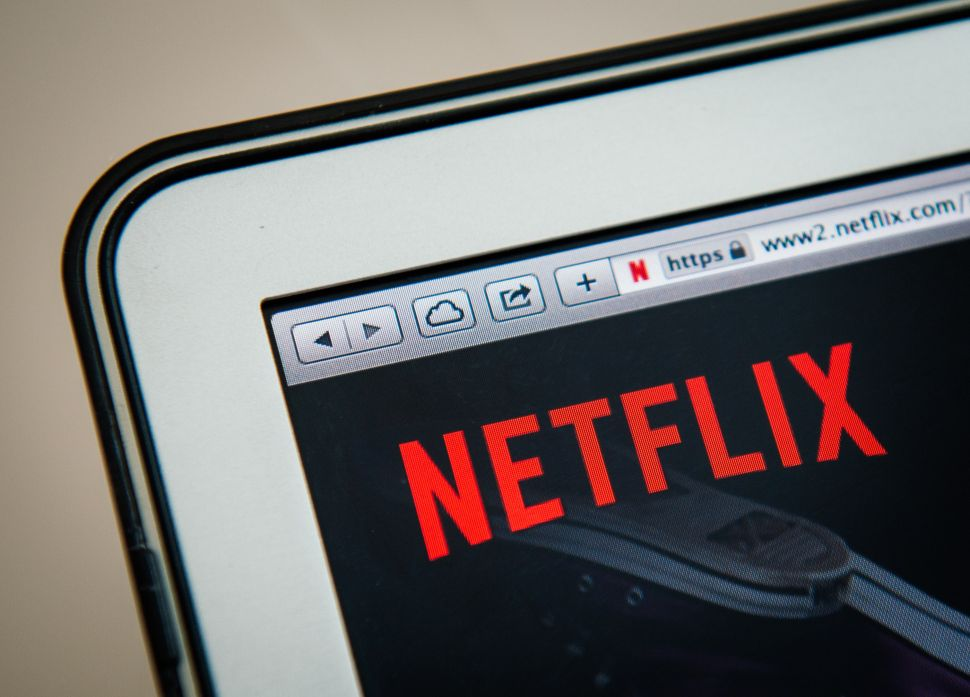 Is Apple Really Trying to Buy Netflix? Separating Fact from Fiction