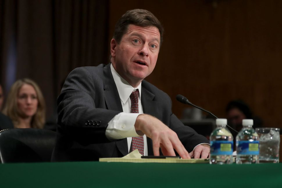 SEC Chair: Watch Out for Risky ICOs, Shady Lawyers During Crypto Craze