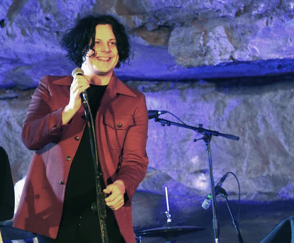 Jack White Is Requiring Concert Goers to Keep Phones in Locked Pouches