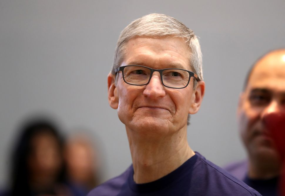 Apple Shipping Delays Have Increased Since Tim Cook Became CEO