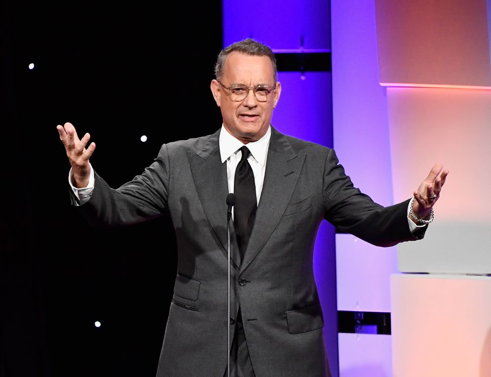 Tom Hanks Will Play Mister Rogers in Biopic 'You Are My Friend'