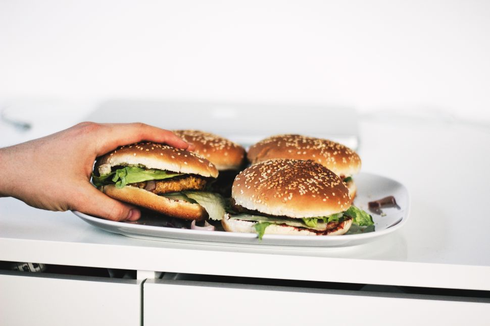 Science Blames Your Terrible Diet on 'Obesogenic' Food Stimuli