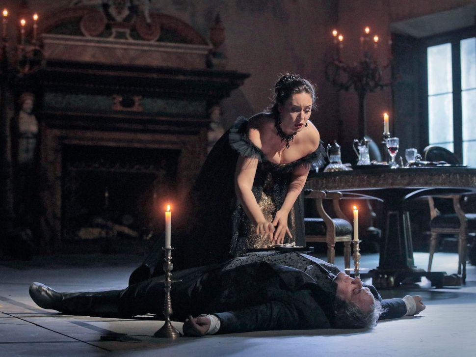 Metropolitan Opera's 'Tosca' Makes Murder, Rape and Suicide a Snooze