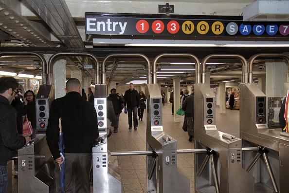 Manhattan DA to End Prosecution of Most Turnstile Jumpers