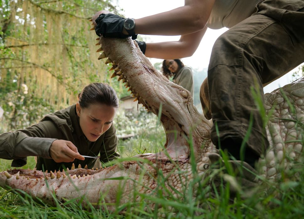 One Star: Incoherent 'Annihilation' Does Feature Some Dazzling Special Effects
