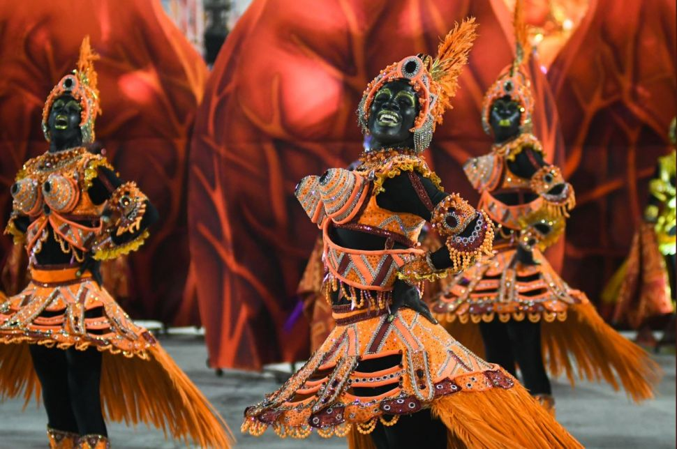 'Degrading' Rio Carnival Performance With Blackface Dancers Blasted on Social Media