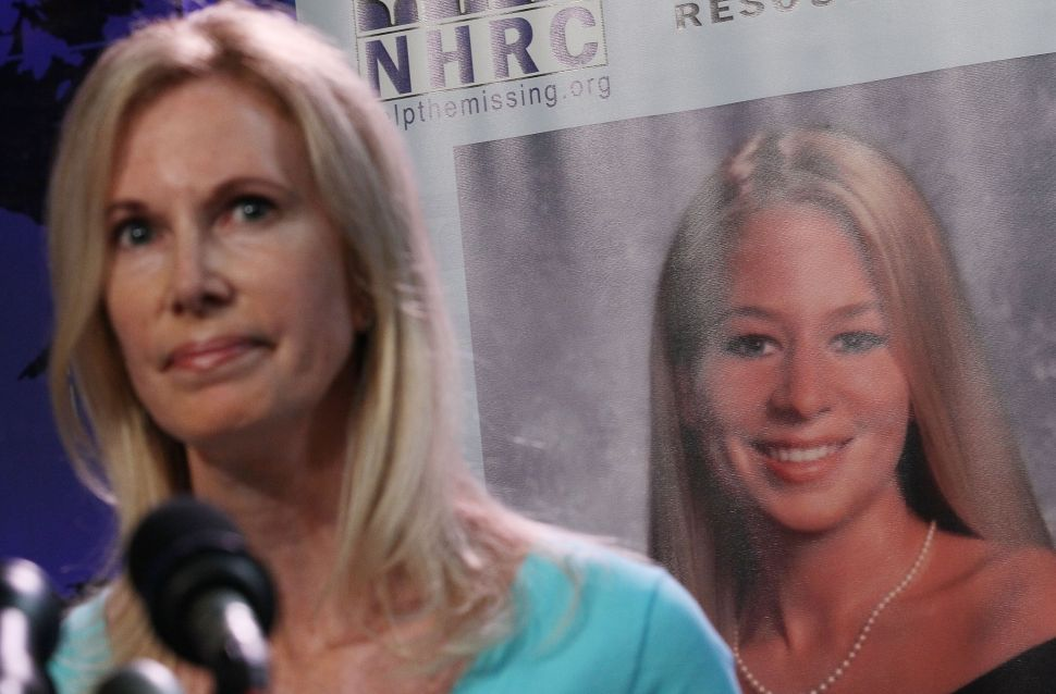 Natalee Holloway's Mom Faces Uphill Battle in Lawsuit Over 'Heartless' Oxygen Series