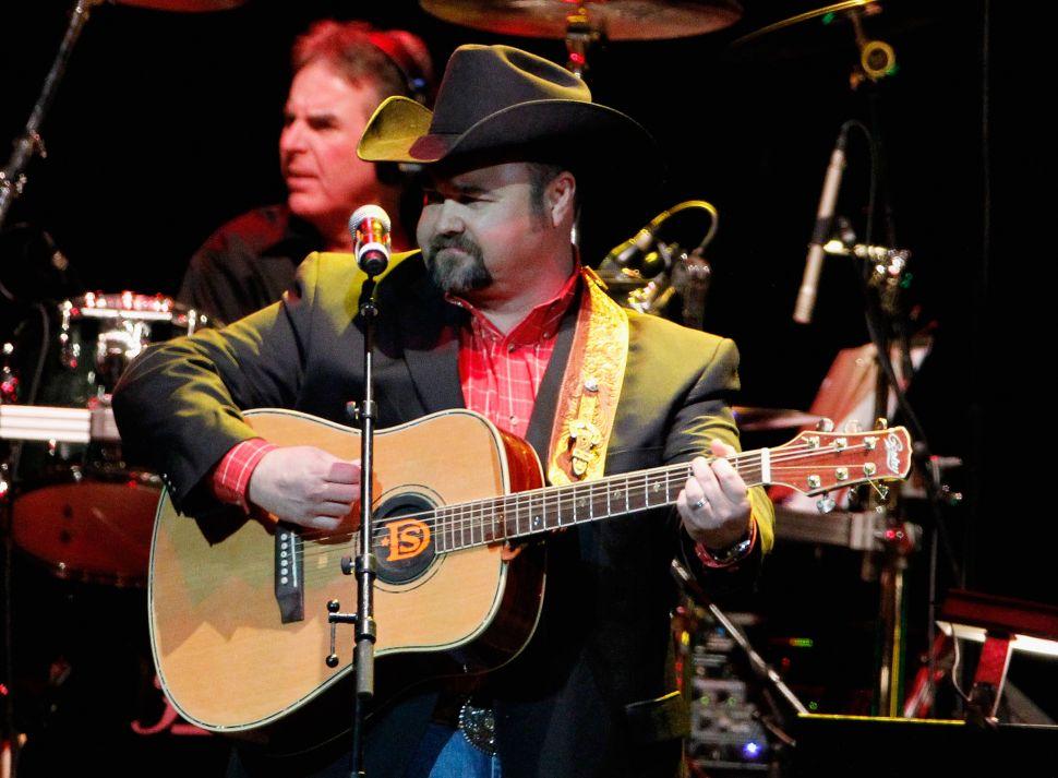 Country Singer Daryle Singletary Has Passed Away