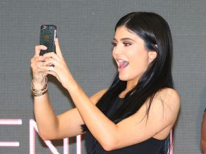 Kylie Jenner complained about Snapchat's update to her 24 million fans on Twitter.