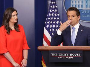 Anthony Scaramucci (R) and then White House Principal Deputy Press Secretary Sarah Huckabee Sanders (L).