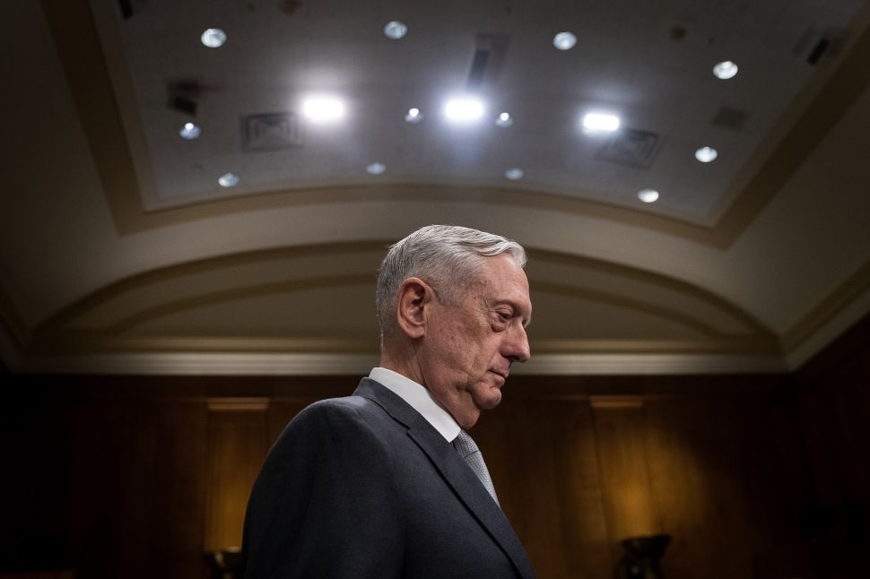 Mattis Warns Syria Not to Use Chemical Weapons