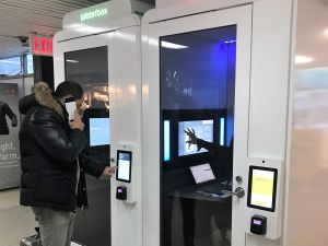 One of the LaGuardia Jabbrrboxes in action.