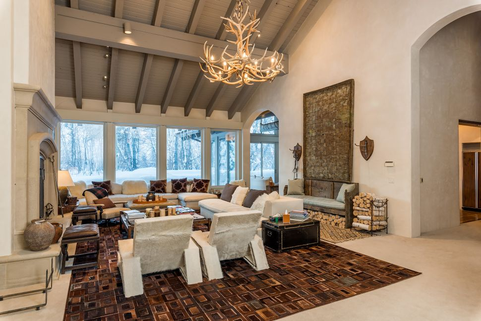 Looking For an Escape? These Lavish Ski Properties Should Do