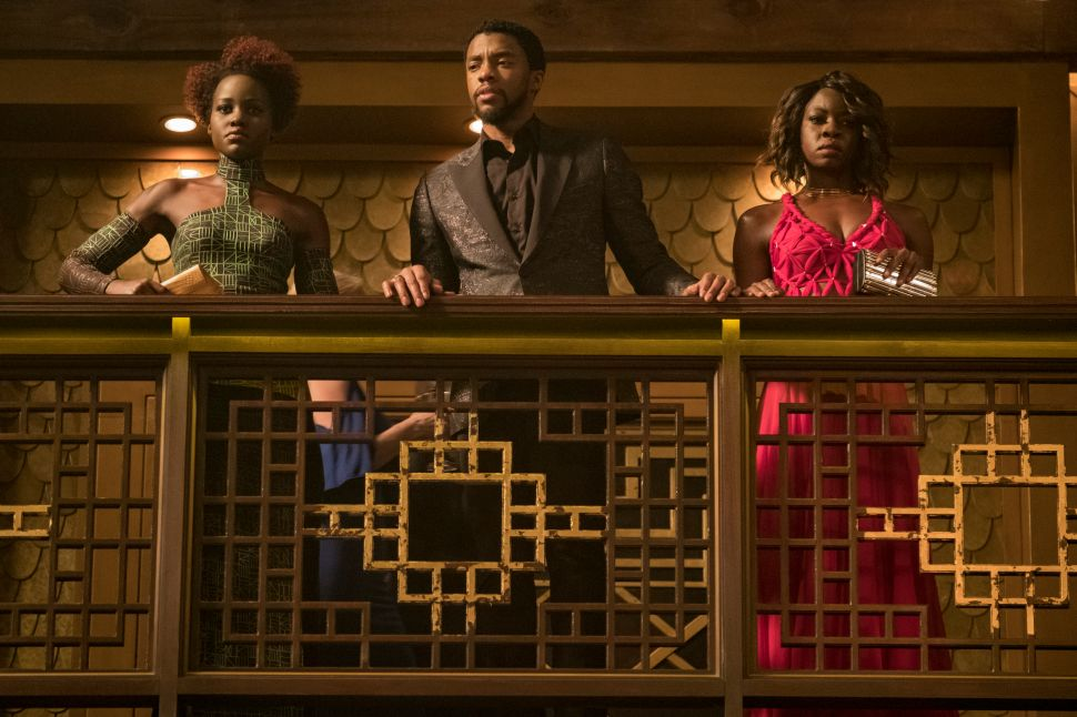 Celebrities Tweet Reactions to 'Black Panther'