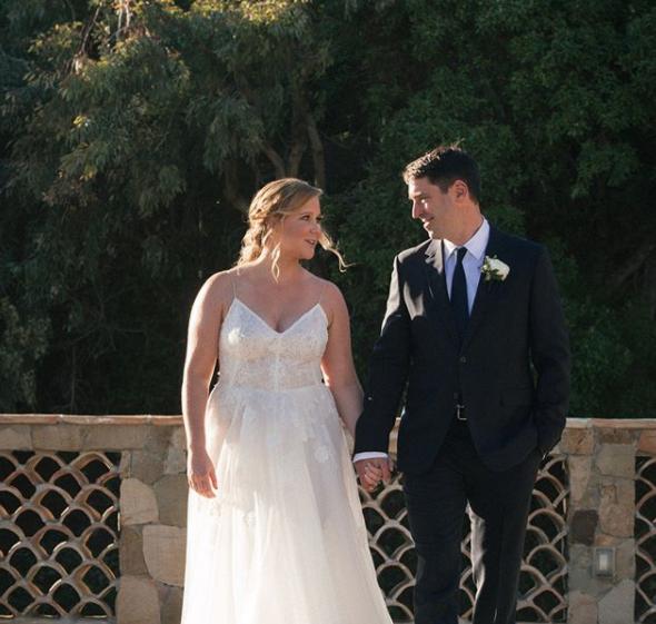Amy Schumer Secretly Married Her Brand New Boyfriend