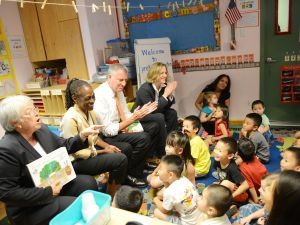 Left to right: City Schools Chancellor Carmen Farina, First Lady Chirlane McCray, Mayor Bill de Blasio and Queens Borough President Melinda Katz.