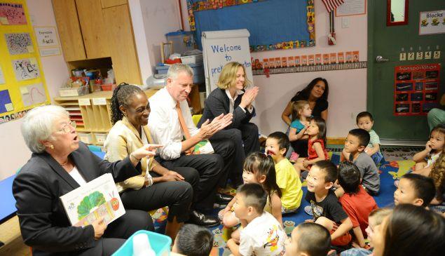 Left to right: City Schools Chancellor Carmen Farina, First Lady Chirlane McCray, Mayor Bill de Blasio and Queens Borough President Melinda Katz.