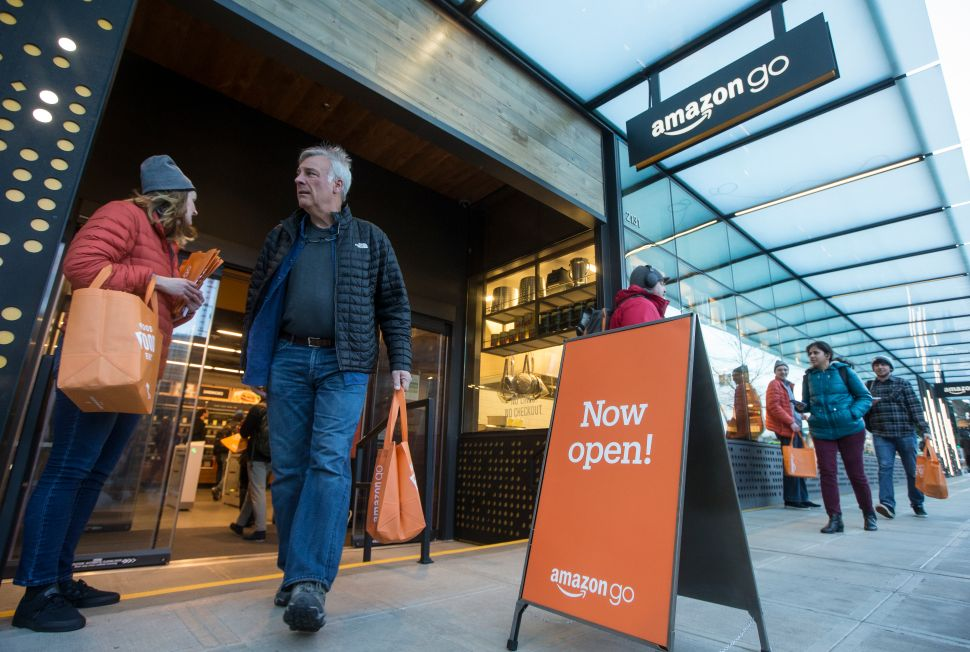 Amazon Go's Checkout Is So Convenient It Feels Like 'Stealing'