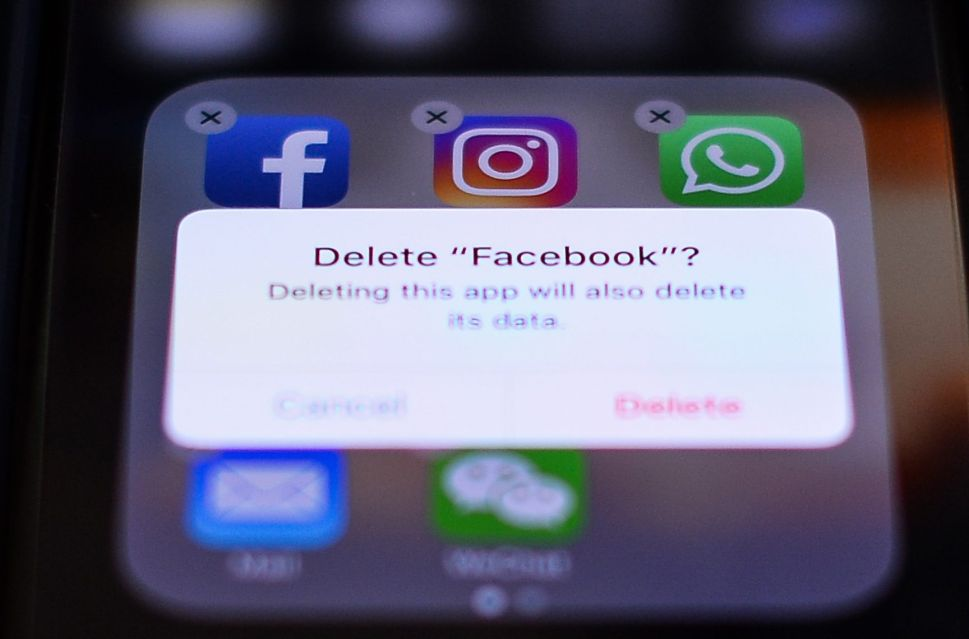 Poll Shows 31 Percent of Tech Workers Will Delete Facebook Following Data Breach