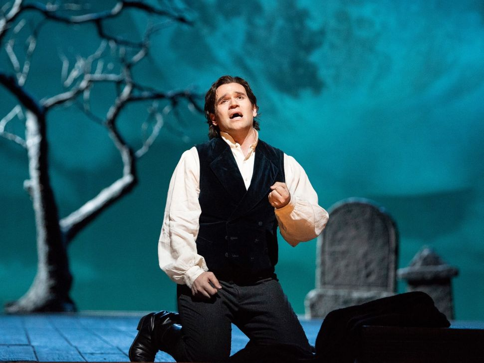 Tenors Triumph in the Met's Last Two Operas of the Season