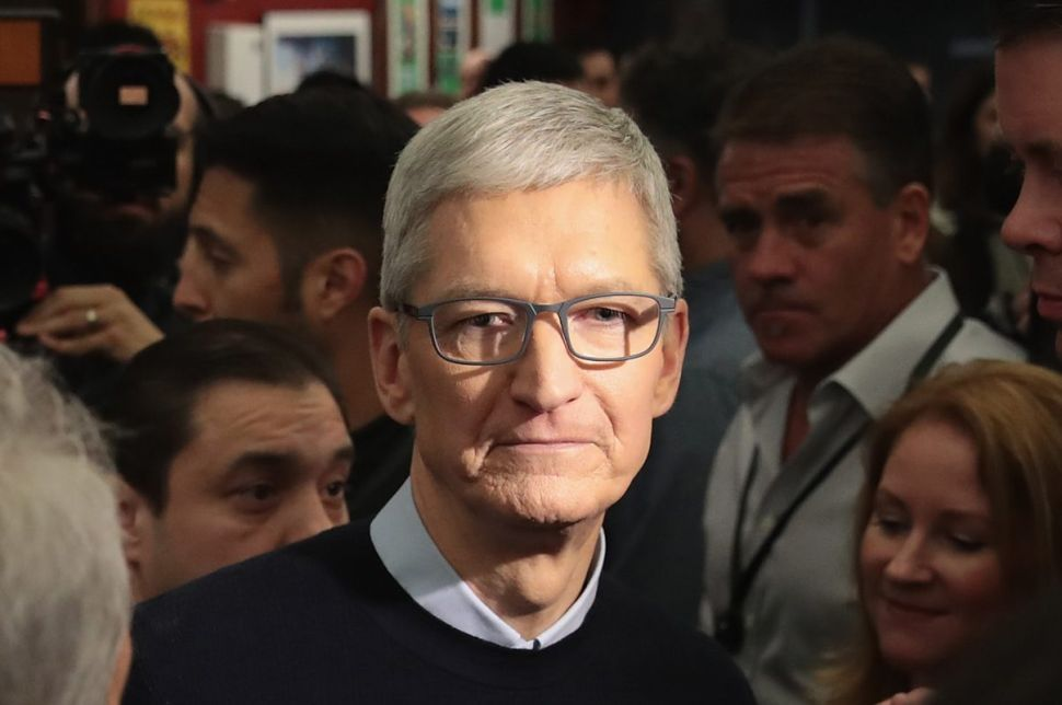Why Apple's Tim Cook—the World's Most Workaholic Boss—Earns Less Than an Average CEO