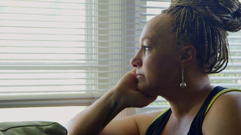 'The Rachel Divide' Review: Is Rachel Dolezal Sorry in New Netflix Documentary?