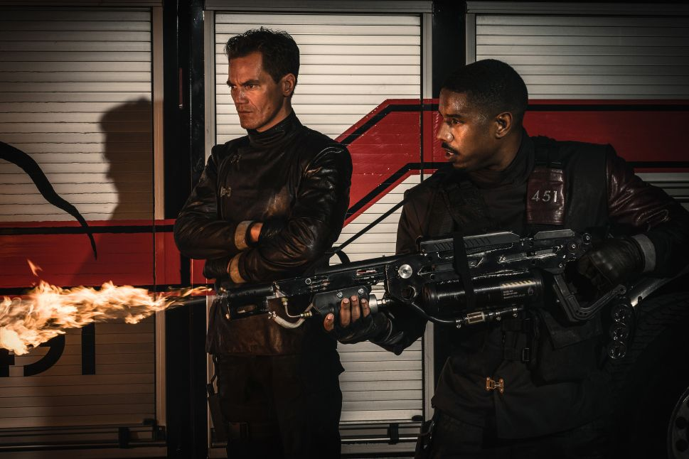 'Fahrenheit 451' Review: Are You Ready to 'Burn for America Again'?