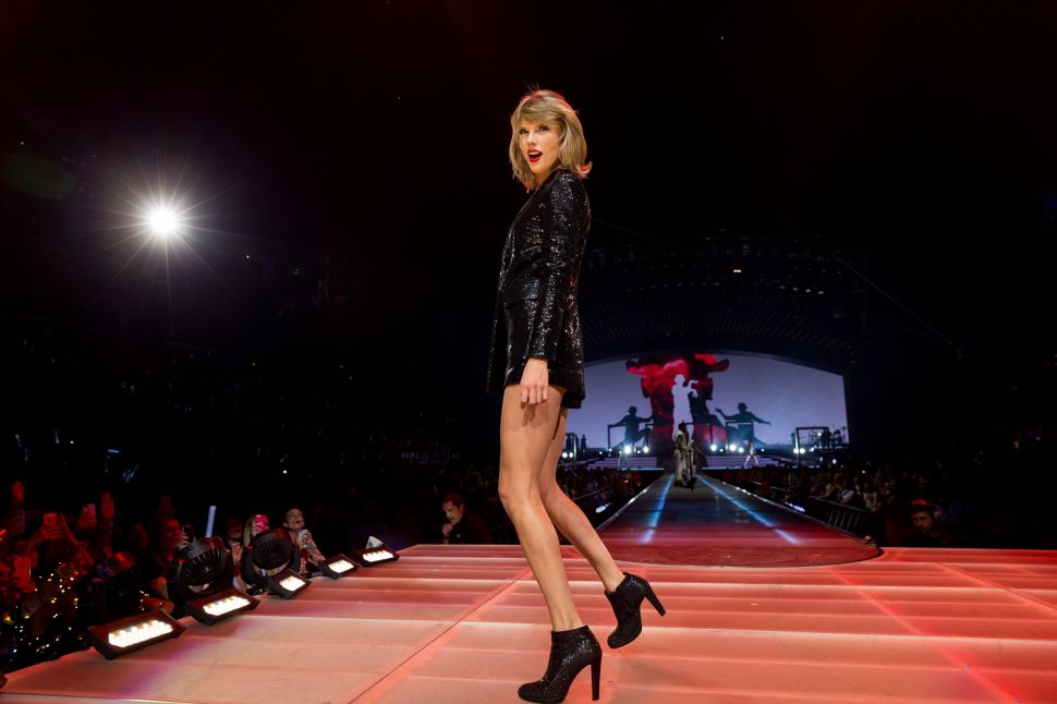 Taylor Swift Is Taking Care of Beverly Hills Business Before She Goes on Tour