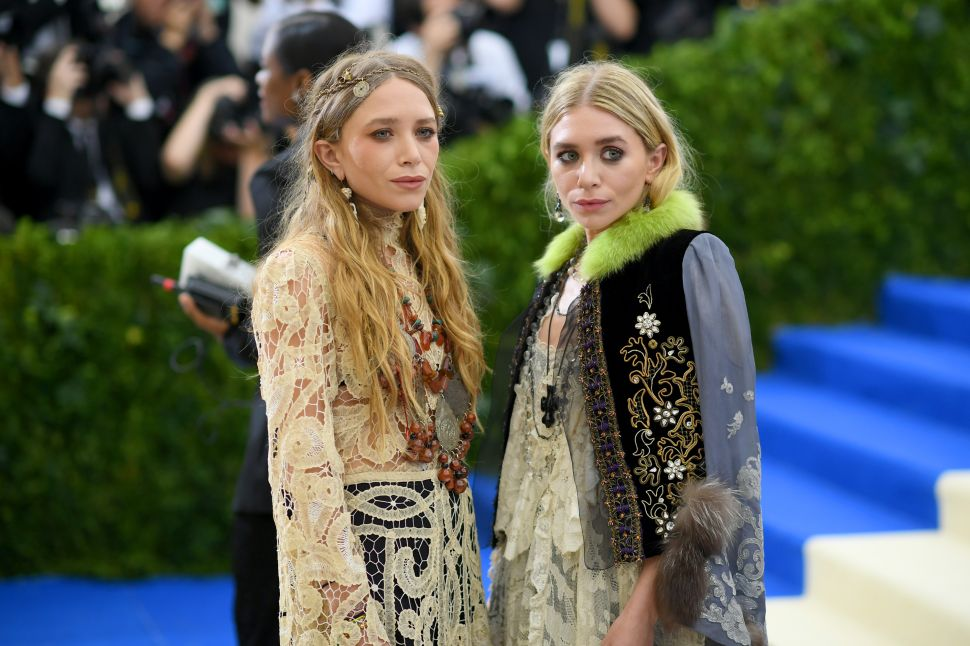 Mary-Kate and Ashley Olsen's Discarded Penthouse Is Still a Problem